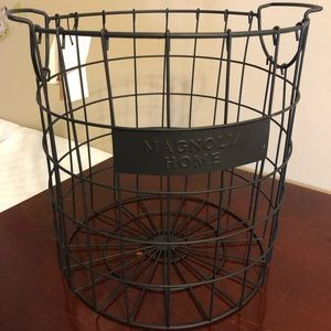 Small Magnolia Basket